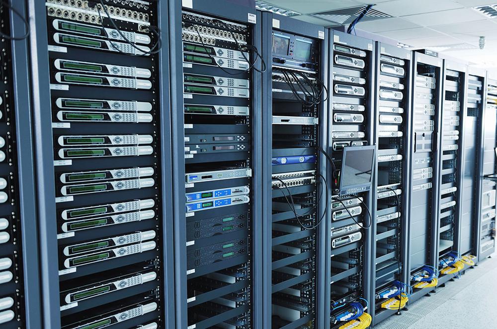 45i53bfa15831aee Что лучше   выделенный сервер или физическое оборудование?