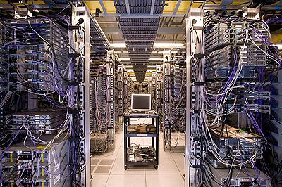 Кому и зачем нужна аренда серверов?