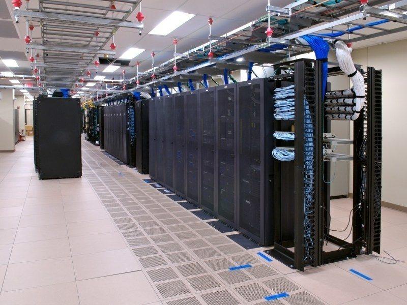 Что выгоднее покупка или аренда выделенного сервера