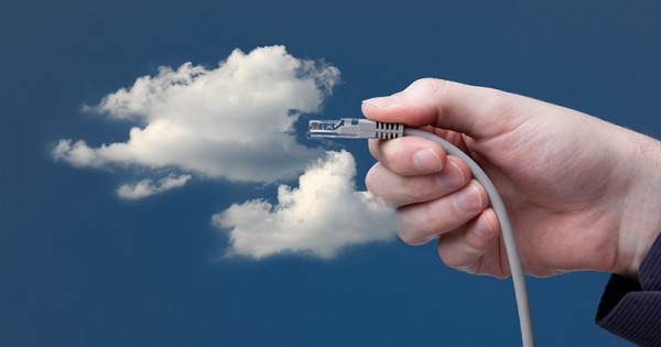 cloud 600x315 Облачный хостинг: о «бесполезной» техподдержке и «навороченных» сервисах