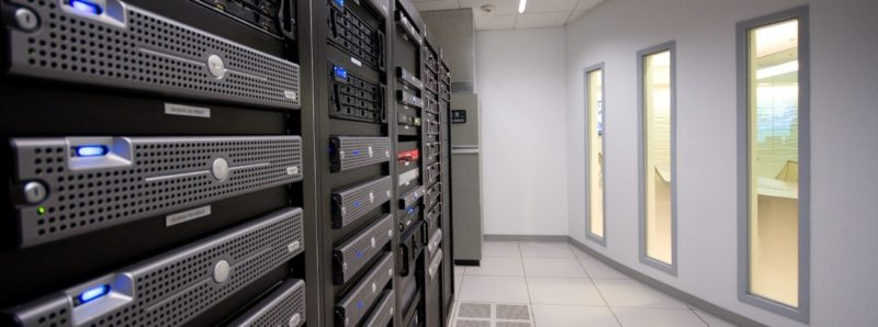 Web Hosting Server Room Design Wallpaper 800x298 Как создать свой платный хостинг. Часть 2