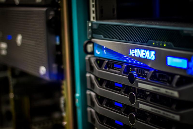 server 800x534 Правильный подбор хостинга