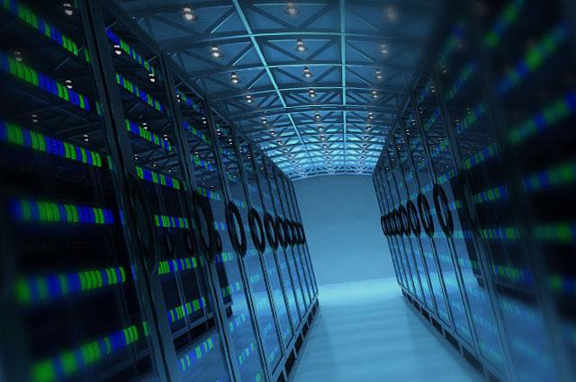 Кому стоит выделенный сервер купить?